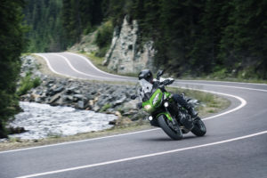 19MY_Versys650_Shot14