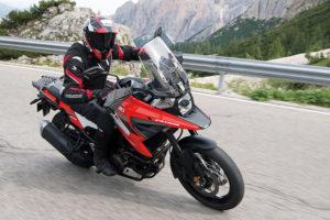 DL1050RQ_RCM0_Action_9_Suzuki
